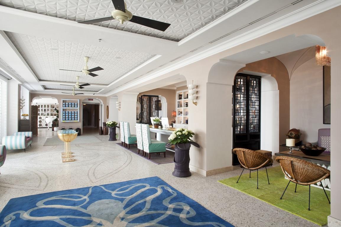 hotel tiberio palace in capri italy white blancmange. Black Bedroom Furniture Sets. Home Design Ideas