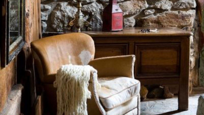 Chalet Le Ferme De Bois In Chamonix France White Blancmange # Table De Television En Bois