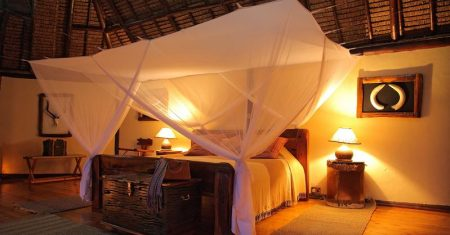 Lodge Saruni Mara Luxury Accommodation