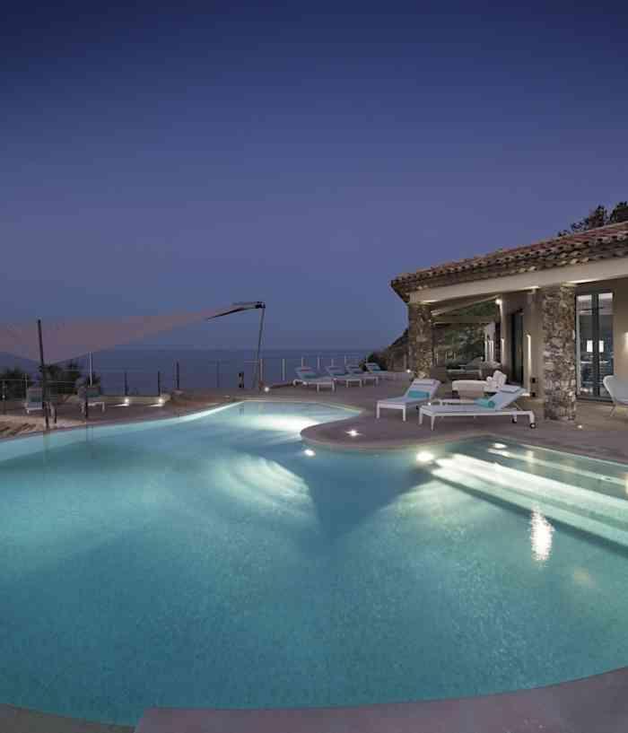 St Tropez Villa Waters Edge 1