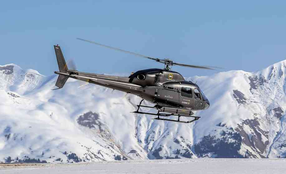 Helicopter transfers to the Alps