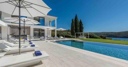 Villa Cristal Blue Luxury Accommodation