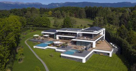 Ultima Geneva Luxury Accommodation