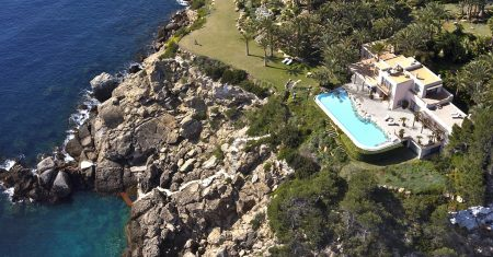 Blue Bay Estate - Cala Llenya Luxury Accommodation