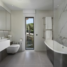 St Tropez Villa Waters Edge 7