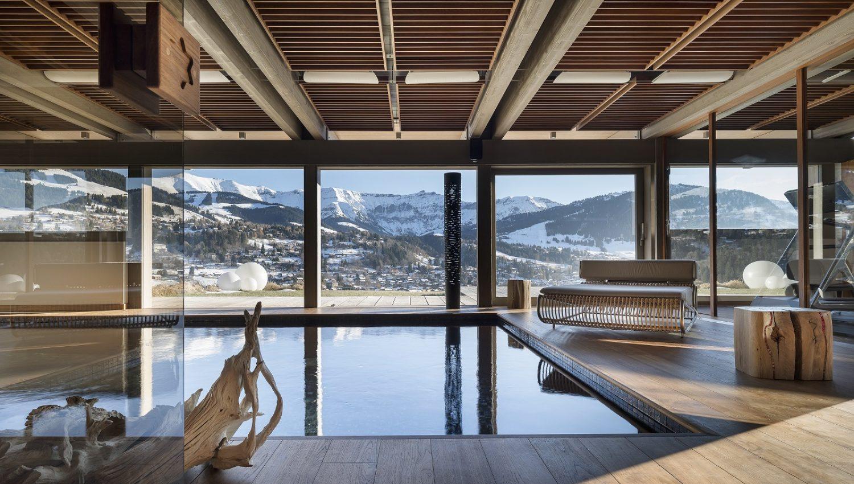 Chamonix luxury ski chalets and resort information   white blancmange