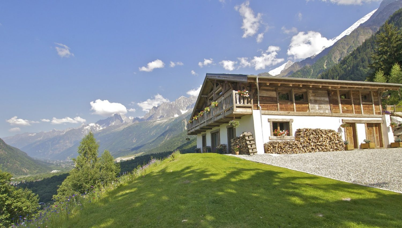 Chalet Infinity Lodge In Chamonix France White Blancmange
