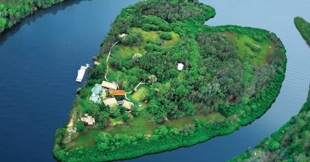 Makepeace Island Luxury Accommodation
