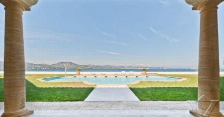 Villa Palm Cove Luxury Accommodation