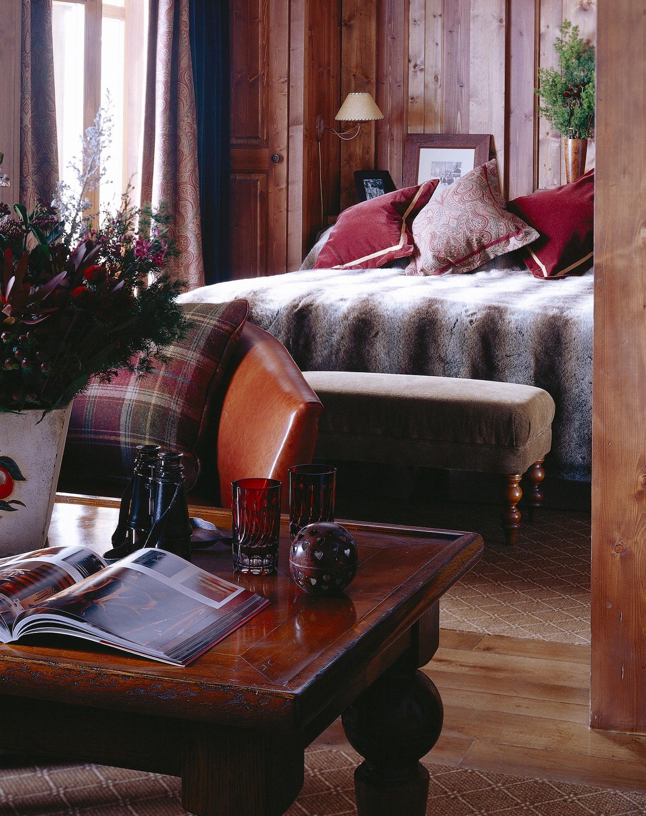 Hotel Les Barmes L Ours In Val D Isere France White